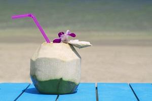 「巨乳になると宣伝したわけではない」、中国飲料メーカーが虚偽広告疑惑を否定