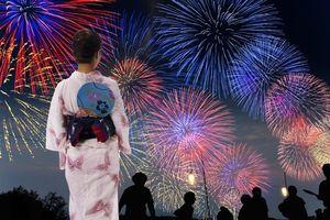 花火に夏祭り、海水浴に登山・・・楽しすぎる日本の夏、一家全員で日本に行こう! =中国メディア
