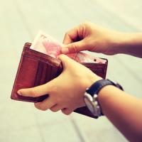 10年前に落とした財布の中身 警察官がモバイル送金で持ち主へ  6月15日の中国記事トピックス