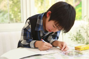 日本の小学生たちの宿題は「中国とはこんなにも違っていた」=中国メディア