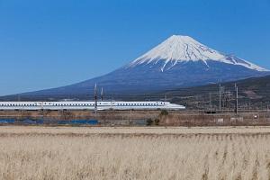 新幹線は「中国高速鉄道よりも優れているのか?」 中国ネットの声は・・・=中国