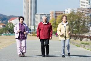 同じアジア人でも「日本人が特別長寿なのは一体なぜ?」=中国