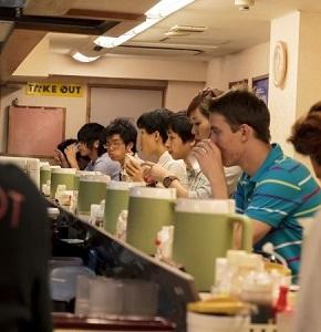 外国人には、日本社会に溶け込み真の「日本人」になるチャンスがあるのか? =中国メディア