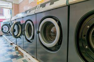 なぜ日本にはコインランドリーがあるの? 「他人が使った洗濯機は汚くないの?」=中国報道