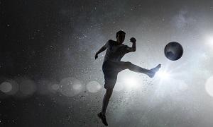 中国サッカーが外国人を帰化させている間に「日本人は世界のビッグクラブに・・・」=中国