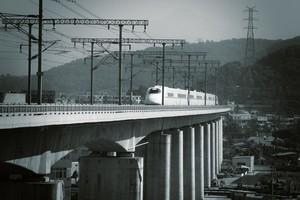 高架橋だらけの中国高速鉄道・・・「手抜き工事が心配で仕方ないんだが」=中国ネット