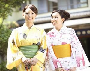 蘇州に「日本街」が出現! 和服の女性が記念撮影 ネットでは議論=中国メディア