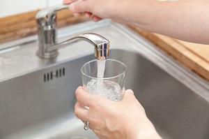 なぜだ! 日本は水道水が飲めるのに「わが国ではそれが不可能な理由」=中国メディア