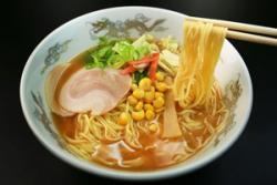 日本人はマナーに厳しい人々なのに!「なぜ麺類をすすって食べるのか」=中国