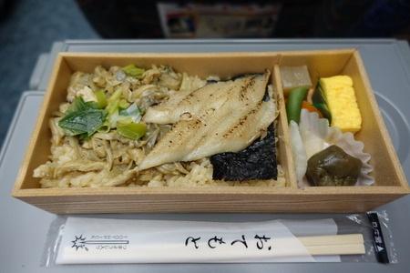 日本の駅弁は美しく美味・・・「見るだけで無性に食べたくなる」=中国